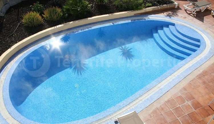3 Bed  Villa/House for Sale, Chayofa, Tenerife - TP-13681 12