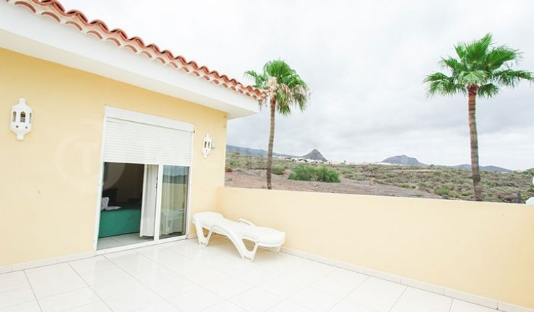 3 Bed  Villa/House for Sale, Chayofa, Tenerife - TP-13681 2