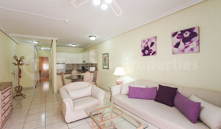 2 Bed  Flat / Apartment for Sale, Chayofa, Tenerife - TP-13529 2