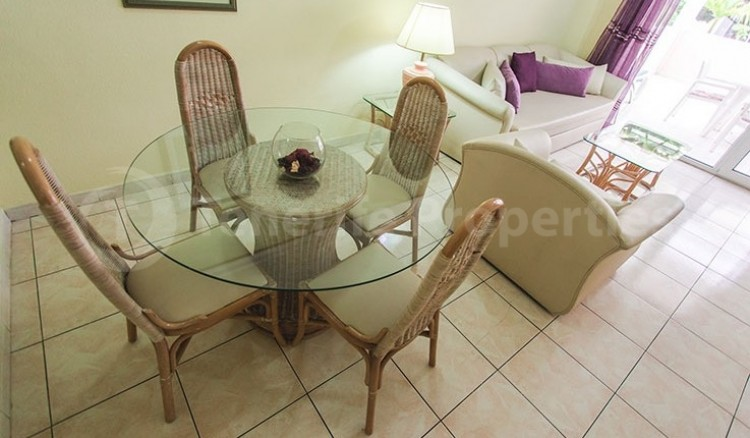 2 Bed  Flat / Apartment for Sale, Chayofa, Tenerife - TP-13529 4