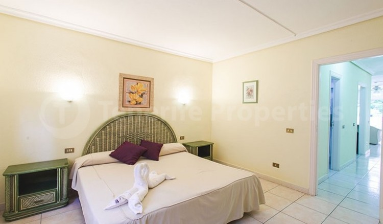 2 Bed  Flat / Apartment for Sale, Chayofa, Tenerife - TP-13529 5