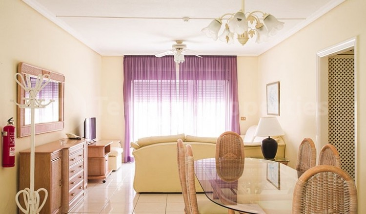 2 Bed  Flat / Apartment for Sale, Chayofa, Tenerife - TP-13529 6