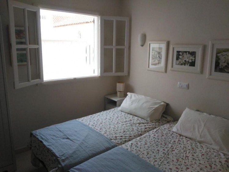2 Bed  Villa/House to Rent, Las Palmas, Playa del Inglés, Gran Canaria - DI-16110 4
