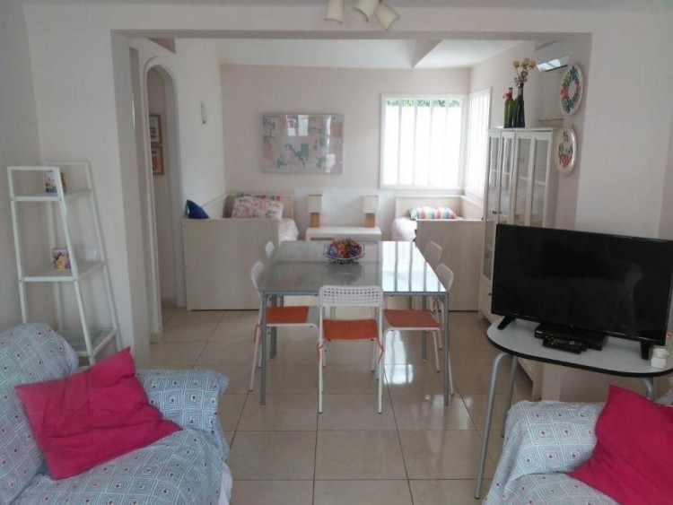 2 Bed  Villa/House to Rent, Las Palmas, Playa del Inglés, Gran Canaria - DI-16110 5