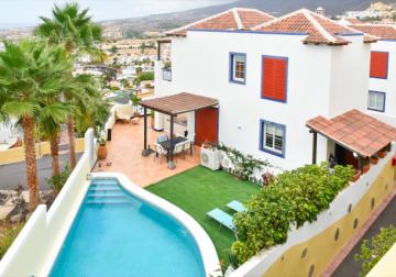 4 Bed  Villa/House for Sale, San Eugenio Alto, Tenerife - PT-PW-222