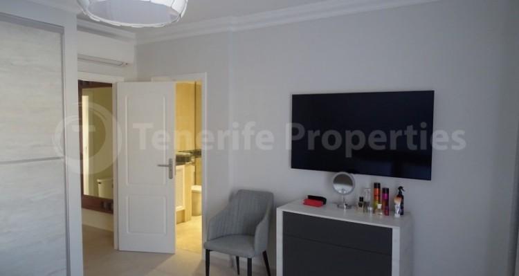4 Bed  Villa/House for Sale, Bahia del Duque, Tenerife - TP-13965 18