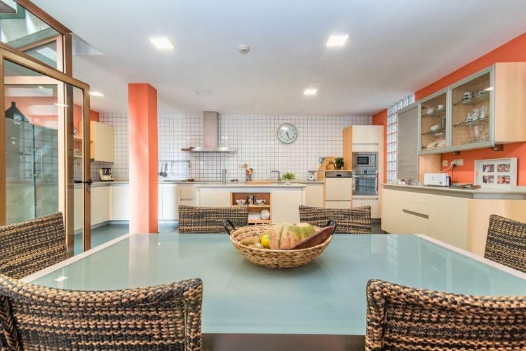 5 Bed  Villa/House for Sale, Las Palmas de Gran Canaria, LAS PALMAS, Gran Canaria - BH-9038-AP-2912 16