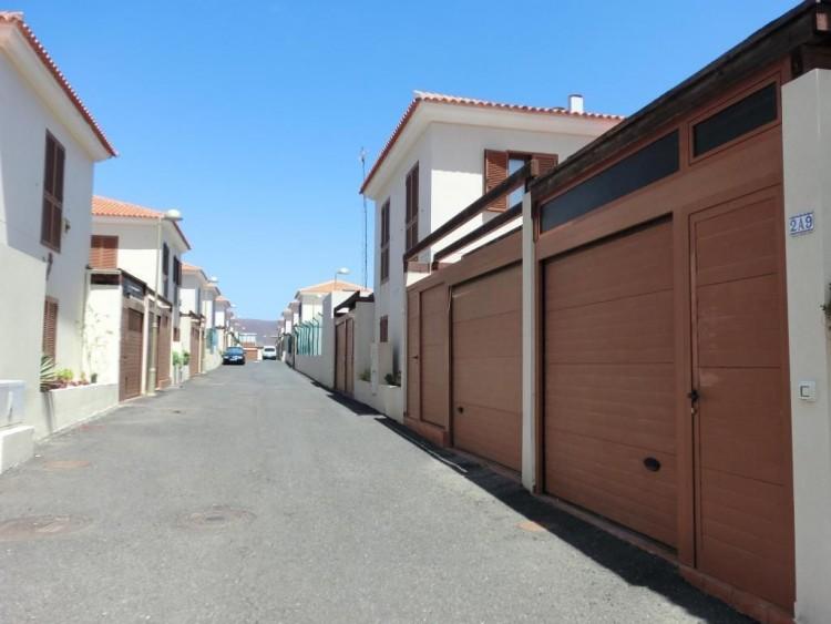 2 Bed  Villa/House for Sale, Corralejo, Las Palmas, Fuerteventura - DH-VHY2PUECANA-89 6