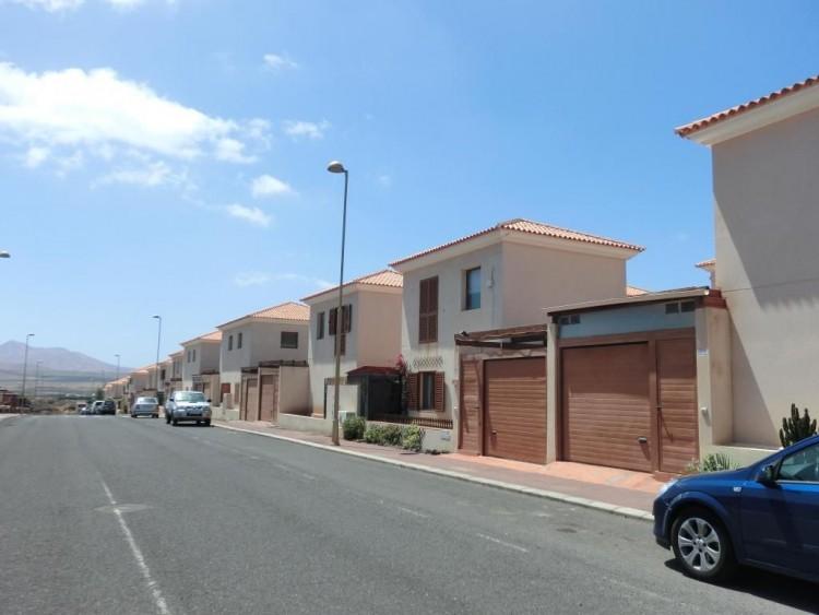 2 Bed  Villa/House for Sale, Corralejo, Las Palmas, Fuerteventura - DH-VHY2PUECANA-89 7