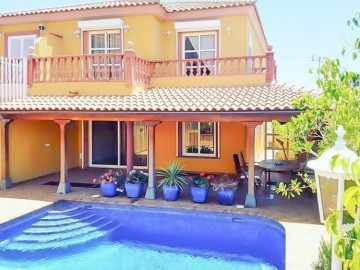 5 Bed  Villa/House to Rent, El Duque, Tenerife - PT-PW-201