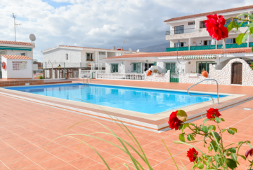 3 Bed  Villa/House to Rent, San Eugenio Bajo, Tenerife - PT-PW-202