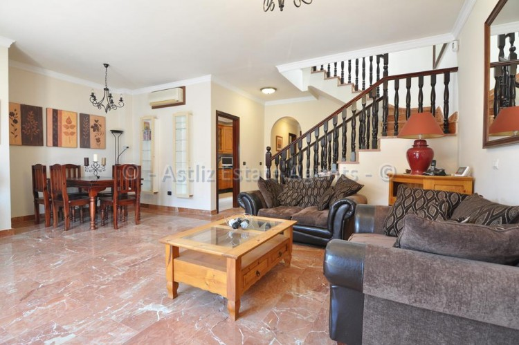 4 Bed  Villa/House for Sale, Adeje, Tenerife - AZ-1378 11