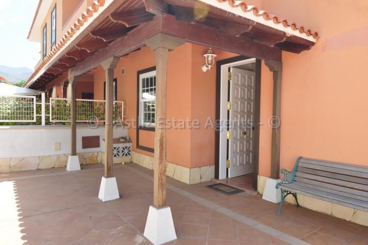 4 Bed  Villa/House for Sale, Adeje, Tenerife - AZ-1378 12