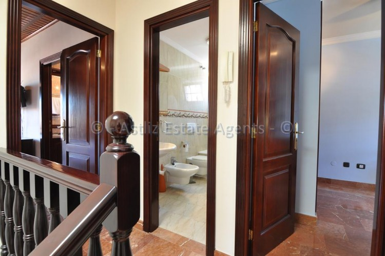 4 Bed  Villa/House for Sale, Adeje, Tenerife - AZ-1378 13