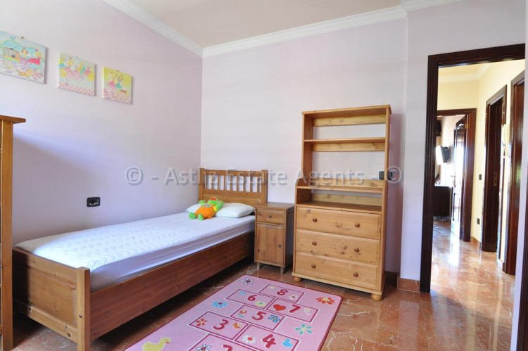 4 Bed  Villa/House for Sale, Adeje, Tenerife - AZ-1378 15