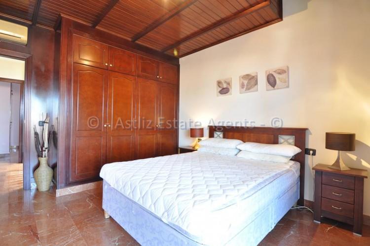 4 Bed  Villa/House for Sale, Adeje, Tenerife - AZ-1378 3