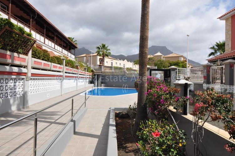 4 Bed  Villa/House for Sale, Adeje, Tenerife - AZ-1378 4