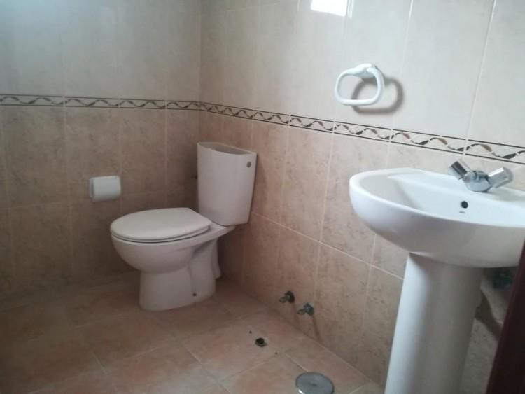 2 Bed  Flat / Apartment for Sale, San Isidro, Santa Cruz de Tenerife, Tenerife - IN-402 6