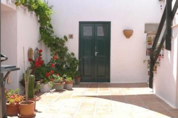 4 Bed  Country House/Finca for Sale, Haria, Lanzarote - LA-LA904