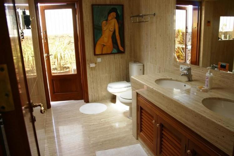 Villa/House for Sale, Playa Honda, Lanzarote - LA-LA908 10