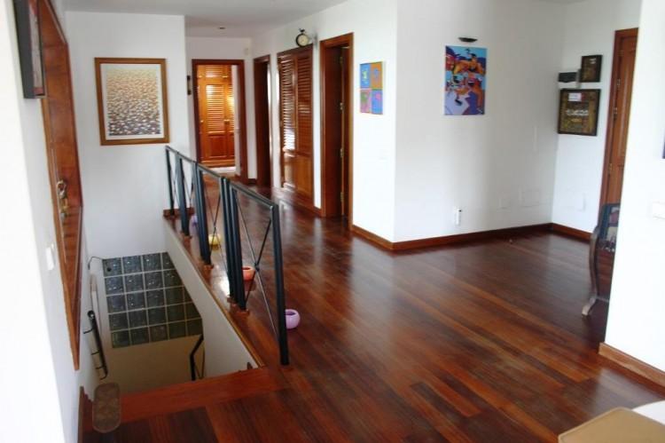 Villa/House for Sale, Playa Honda, Lanzarote - LA-LA908 3