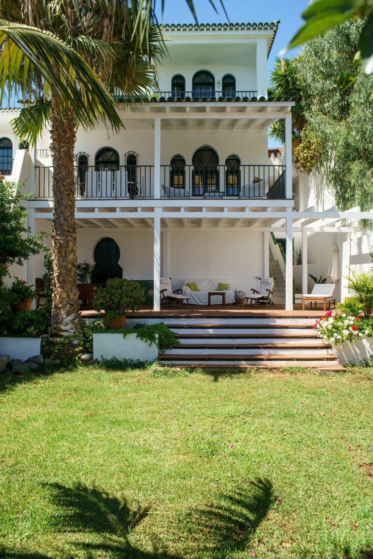 5 Bed  Villa/House for Sale, Santa Cruz de Tenerife, Tenerife - PR-CHA0059VDV 1