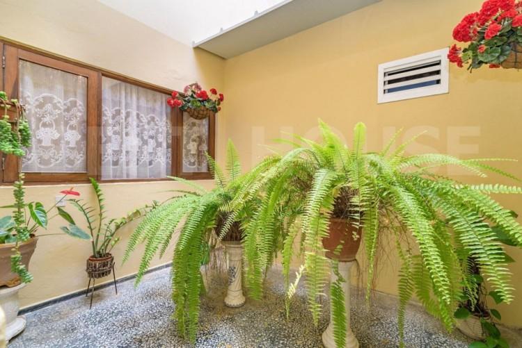 6 Bed  Flat / Apartment for Sale, Las Palmas de Gran Canaria, LAS PALMAS, Gran Canaria - BH-9093-FAC-2912 3