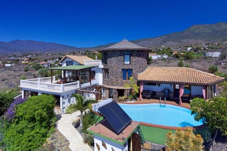 4 Bed  Villa/House for Sale, Todoque, Los Llanos, La Palma - LP-L547 1