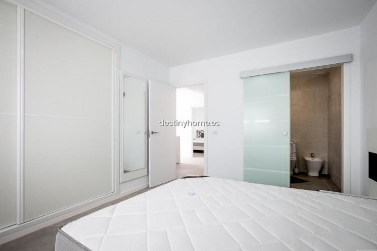 3 Bed  Villa/House for Sale, Palm-Mar, Santa Cruz de Tenerife, Tenerife - DH-VPTVIPMYAROS_09-19 15