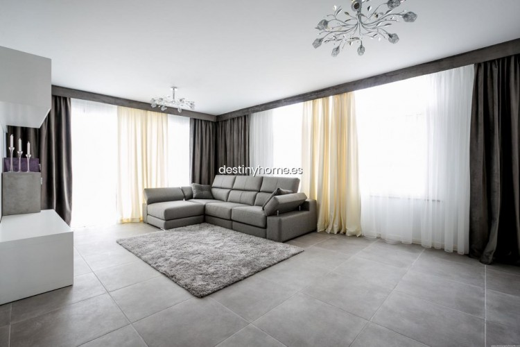 3 Bed  Villa/House for Sale, Palm-Mar, Santa Cruz de Tenerife, Tenerife - DH-VPTVIPMYAROS_09-19 2