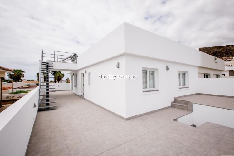 3 Bed  Villa/House for Sale, Palm-Mar, Santa Cruz de Tenerife, Tenerife - DH-VPTVIPMYAROS_09-19 5