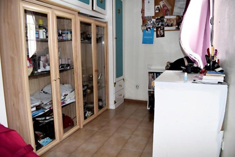 4 Bed  Flat / Apartment for Sale, Las Palmas, Playa del Inglés, Gran Canaria - DI-16279 8