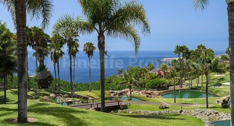 4 Bed  Flat / Apartment for Sale, Guia De Isora, Tenerife - TP-14341 1
