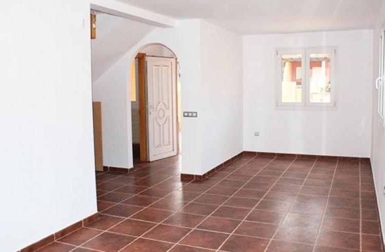 3 Bed  Villa/House for Sale, Corralejo, Las Palmas, Fuerteventura - DH-VALSCHADUNASD2-99 7