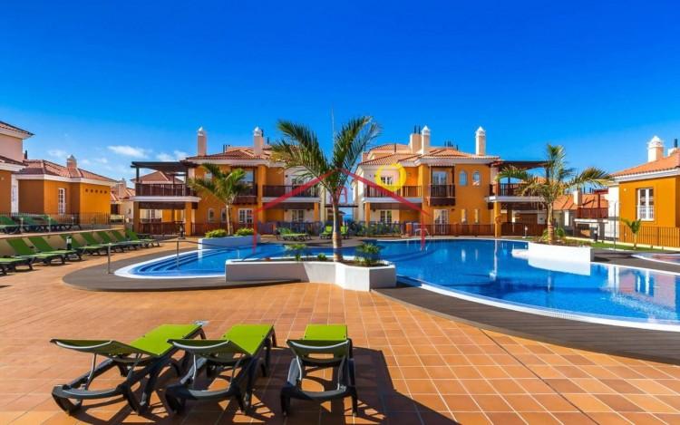 2 Bed  Flat / Apartment to Rent, Arguineguin, Gran Canaria - NB-2459 3