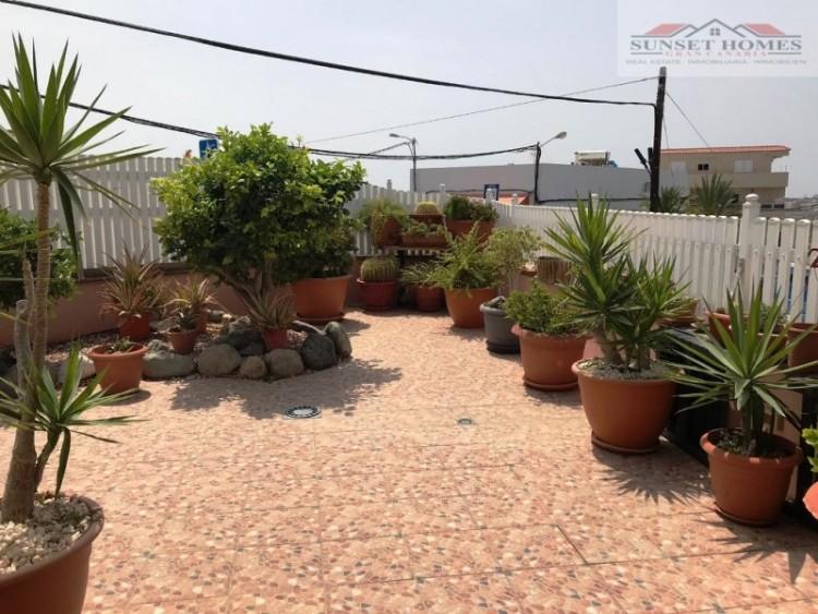 4 Bed  Villa/House for Sale, Montaña la Data, San Bartolomé de Tirajana, Gran Canaria - SH-2398S 1
