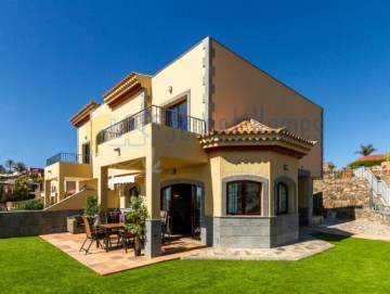 3 Bed  Villa/House for Sale, Salobre Golf, San Bartolomé de Tirajana, Gran Canaria - SH-2412S