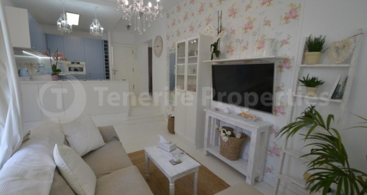 2 Bed  Flat / Apartment for Sale, Playa Fañabe, Tenerife - TP-14856 11