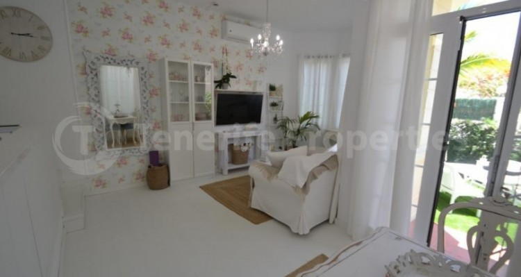 2 Bed  Flat / Apartment for Sale, Playa Fañabe, Tenerife - TP-14856 12
