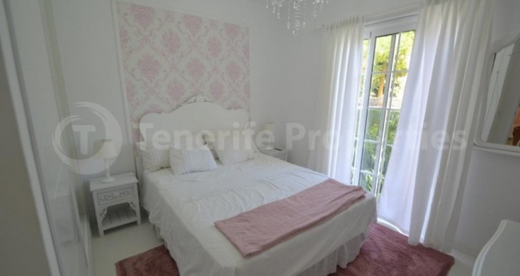 2 Bed  Flat / Apartment for Sale, Playa Fañabe, Tenerife - TP-14856 18