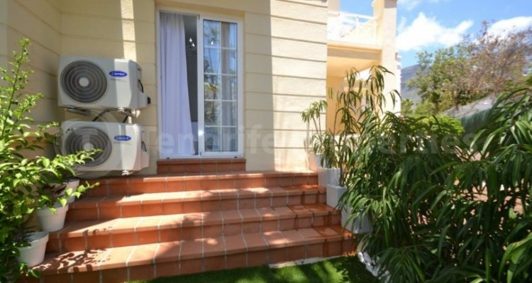 2 Bed  Flat / Apartment for Sale, Playa Fañabe, Tenerife - TP-14856 2