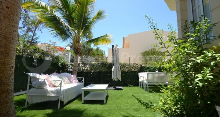 2 Bed  Flat / Apartment for Sale, Playa Fañabe, Tenerife - TP-14856 3