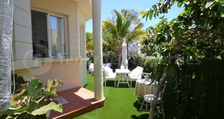 2 Bed  Flat / Apartment for Sale, Playa Fañabe, Tenerife - TP-14856 4