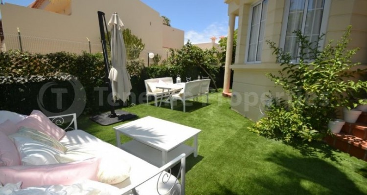 2 Bed  Flat / Apartment for Sale, Playa Fañabe, Tenerife - TP-14856 5