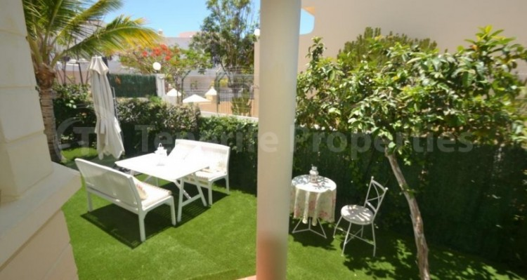 2 Bed  Flat / Apartment for Sale, Playa Fañabe, Tenerife - TP-14856 6