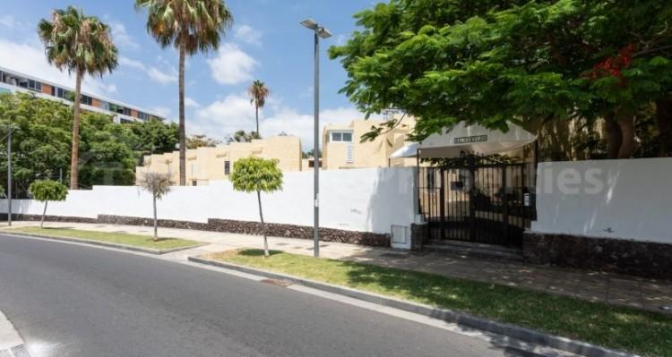 1 Bed  Villa/House for Sale, Playa de Las Americas, Tenerife - TP-15005 2