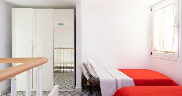 1 Bed  Villa/House for Sale, Playa de Las Americas, Tenerife - TP-15005 5