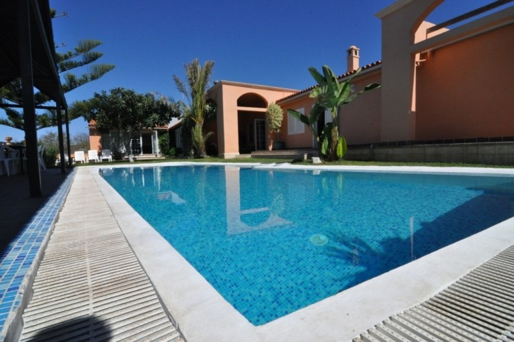 5 Bed  Villa/House for Sale, Taucho, Tenerife - NP-01011 1