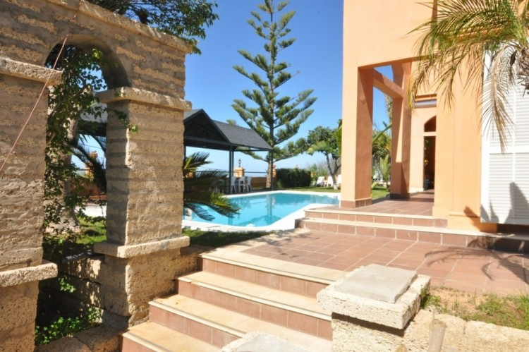 5 Bed  Villa/House for Sale, Taucho, Tenerife - NP-01011 6