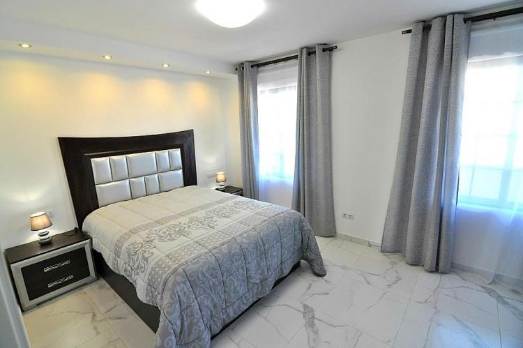 2 Bed  Flat / Apartment for Sale, Las Americas (Adeje), Tenerife - NP-02377 14